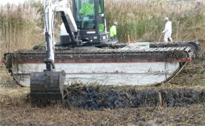 Amphibious Marsh Excavator in Environmental Cleanup